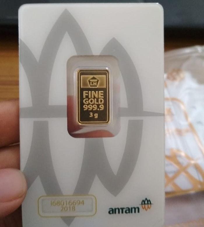 emas antam logam mulia