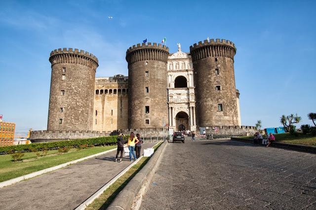 Maschio angioino o Castel nuovo-Napoli
