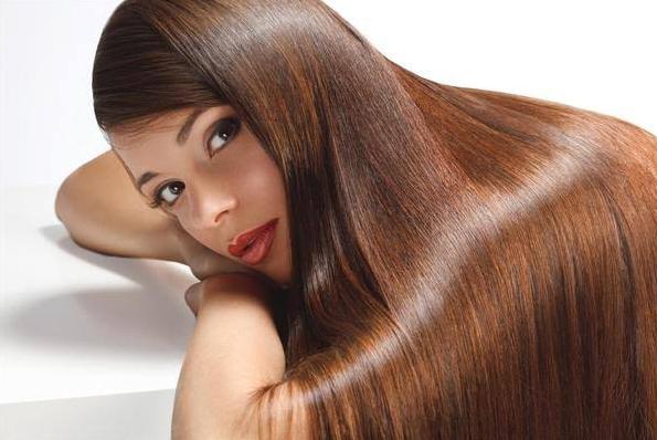 10 Cara Alami Memiliki Rambut Lurus dan Berkilau | Roliyan.com