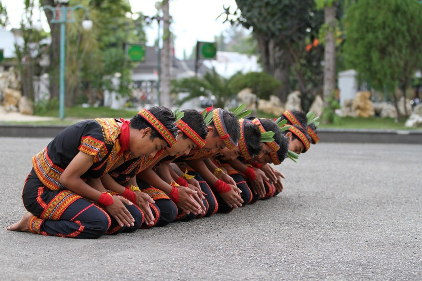 Gerakan tari saman Aceh