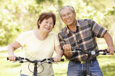 Safe Cycling tips for the Elderly so that the body Remains Fit at Dusk