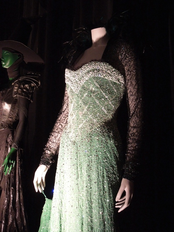 Evanora Emerald costume Oz Great Powerful