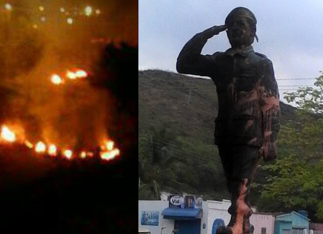 Así quedó la estatua de Chavez que quemaron hoy en Carabobo