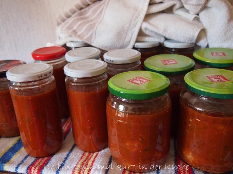 tomaten passieren und einkochen g nstige k che mit e ger ten. Black Bedroom Furniture Sets. Home Design Ideas
