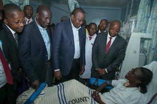 President Kenyatta with Deputy President in Murang'a Level 5 Hospital. PHOTO | PSCU