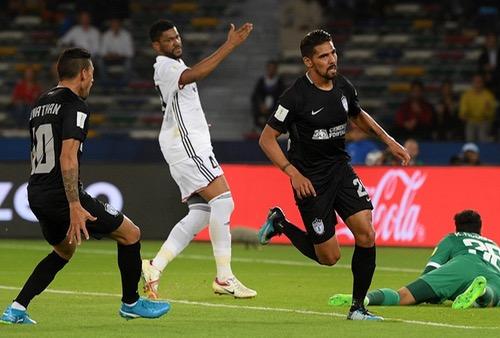 الجهوية 24 - باتشوكا يهزم الجزيرة الإماراتي ويحرز المركز الثالث بمونديال الأندية 2017 في أبوظبي