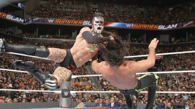 Finn Bálor est devenu le tout premier Champion Universel de la WWE
