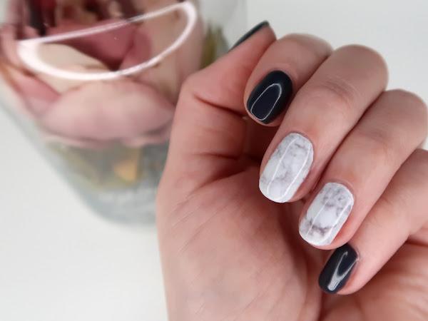 ВИДЕО: Маникюр с гел лак и цели стикери за нокти