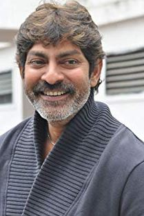 Jagapati Babu Family Wife Parents children's Marriage Photos