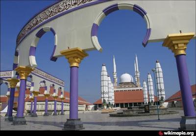 Gambar Masjid Agung Jawa Tengah