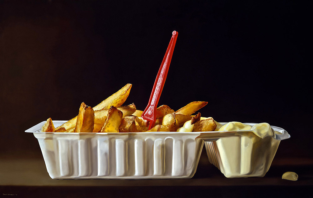 04-Bowl-of-Chips-Tjalf-Sparnaay-The-Beauty-of-the-Everyday-Paintings-of-Food-Art-www-designstack-co