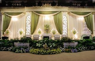 Tema Hijau Untuk Resepsi Pernikahan