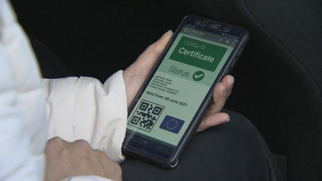 Απαραίτητο από αύριο το «green pass» για μετακινήσεις σε 33 χώρες της Ευρώπης