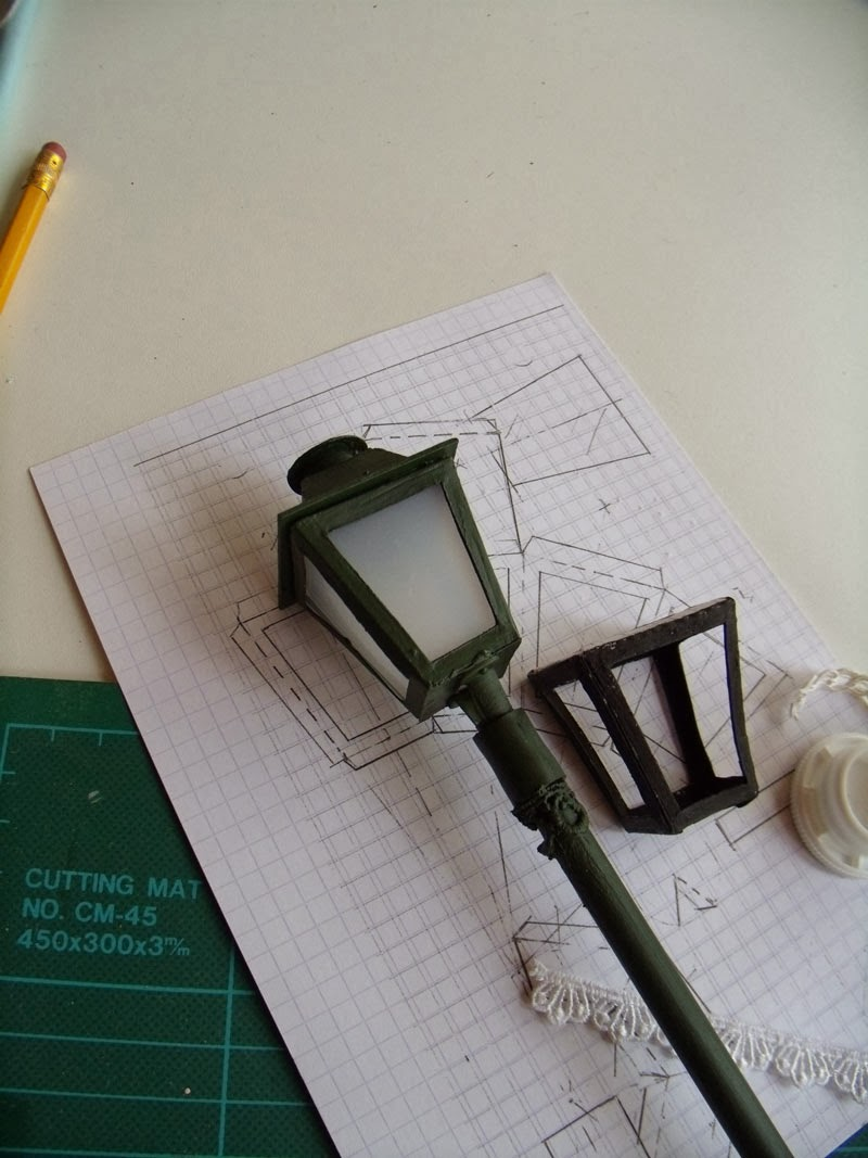 how to make street light with straw