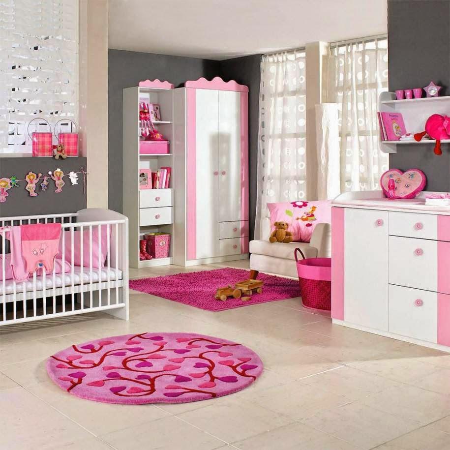 cuarto de bebé en rosa y gris