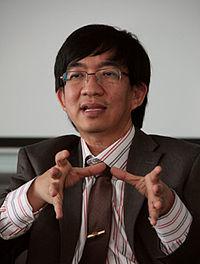 Profil lengkap Prof. Yohanes Surya