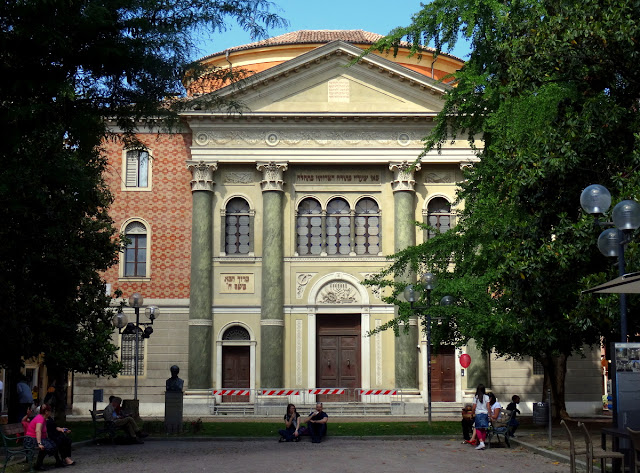 Synagogue in Modena