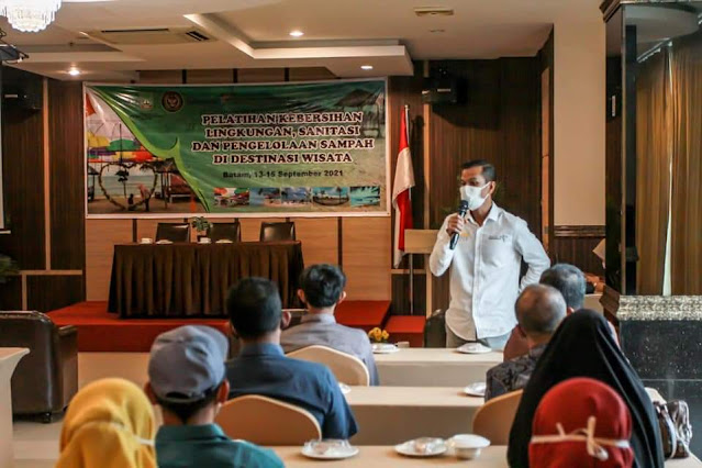 Disbudpar Kota Batam Gelar Pelatihan Kebersihan Lingkungan Sanitasi dan pengelolaan Sampah di Destinasi Wisata