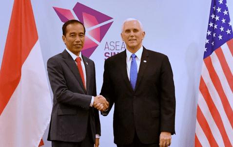 Presiden Jokowi & Mike Pence