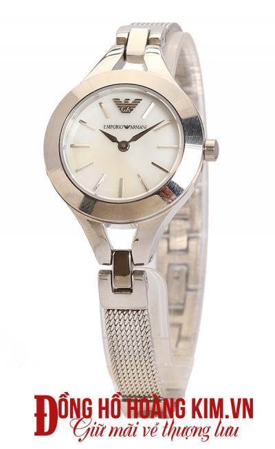 mua đồng hồ đeo tay nữ giá rẻ