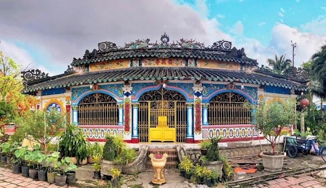Chánh điện Chùa Phước Hưng Sa Đéc