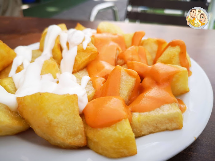 Patatas mixtas en el Bar Gredos, patatas bravas, bravas más baratas Madrid, Bar Gredos Moratalaz