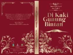 Buku: Di Kaki Gunung Bintan - Antologi Puisi Jazirah 3