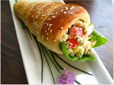 Resepi Ringkas Ramadhan - Roti Kun Berinti Salad