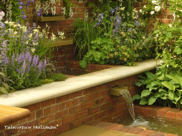 Tuindesign 20 tips en tuinidee n voor een kleine tuin met for Vierkante vijver maken