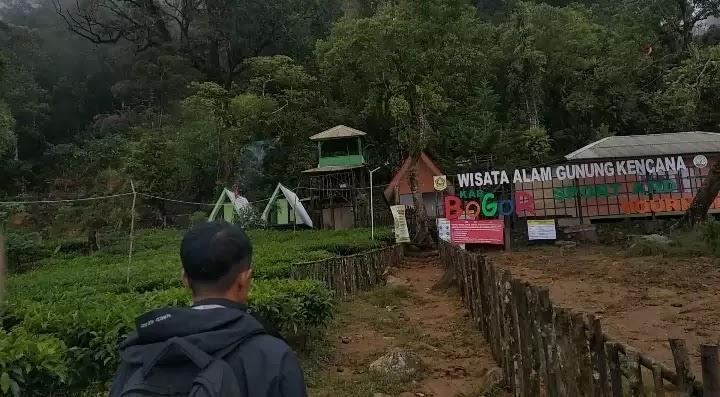 Base camp gunung kencana