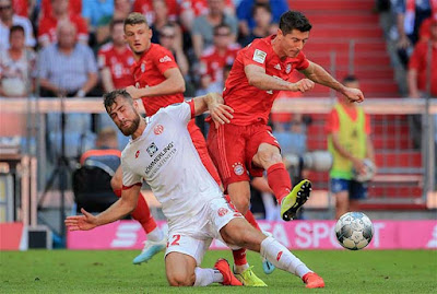 Video Bayern Munich 2-1 Frankfurt: Thắng lợi sát nút, đặt vé chung kết