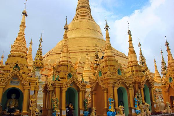 Pagoda Shwedagon de Yangon (Myanmar)