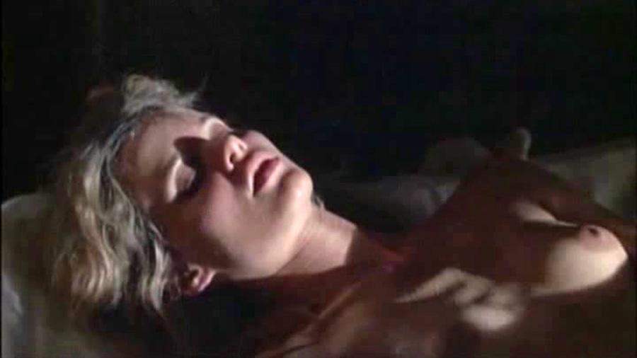 Singer  nackt Lori Miranda Lambert