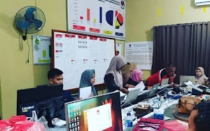 Dari Beranda Facebook, Pendukung Prabowo di KPU Viralkan Pesan Damai