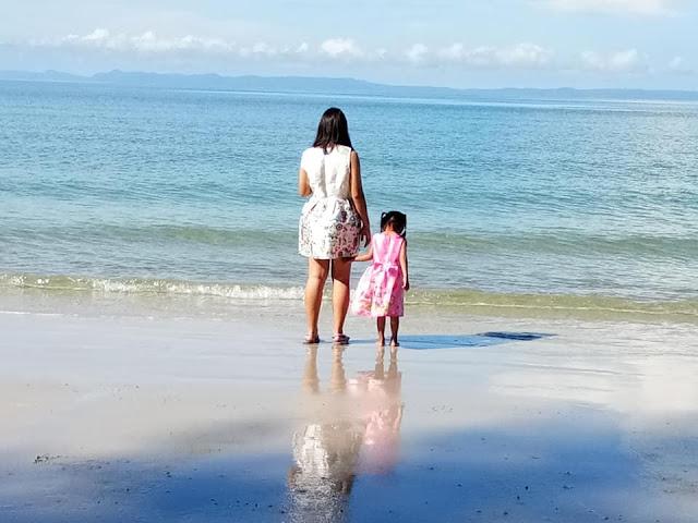 หาดทรายงามเป็นหาดทรายขาวละเอียด