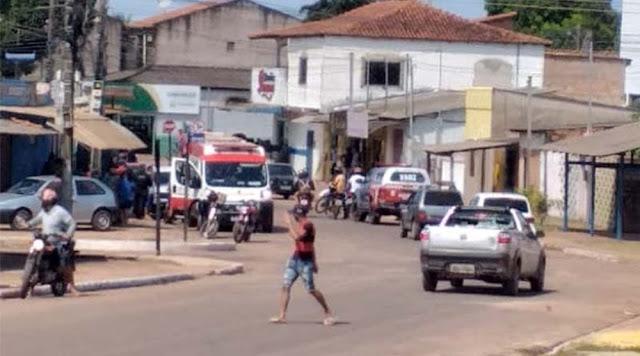 Dono de padaria leva tiro na perna durante assalto no bairro Santana, em Santarém