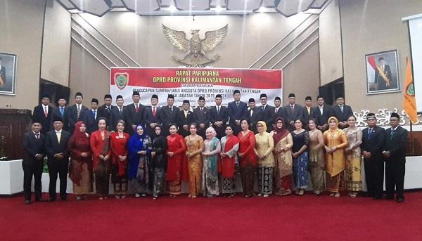 """Woow..!! PDIP """"Borong"""" Ketua Komisi DPRD Kalteng"""