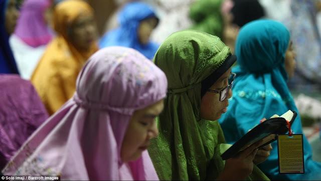 9 Etika Penghafal Al-Qur'an yang Harus Diperhatikan