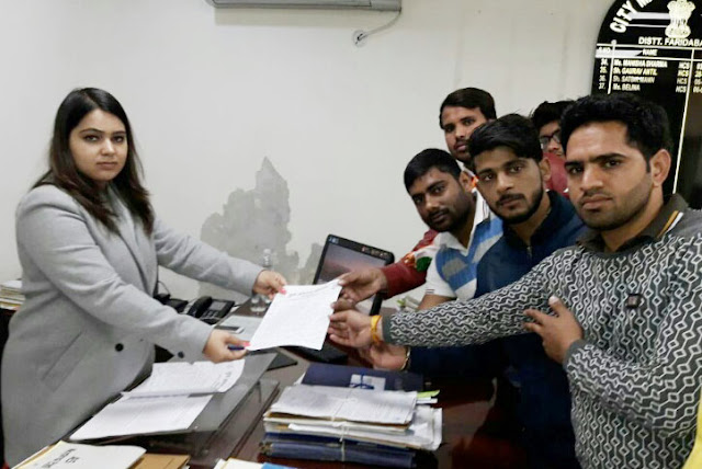 Yuva Anhagha's memorandum submitted to City Magistrate Balina for the student union election