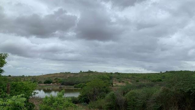 Previsão do tempo: macrorregiões do Ceará têm possibilidade de chuva até quarta-feira