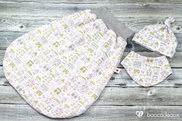 Babyset: Kuschelsack, Knotenmütze und Halstuch aus La Ville