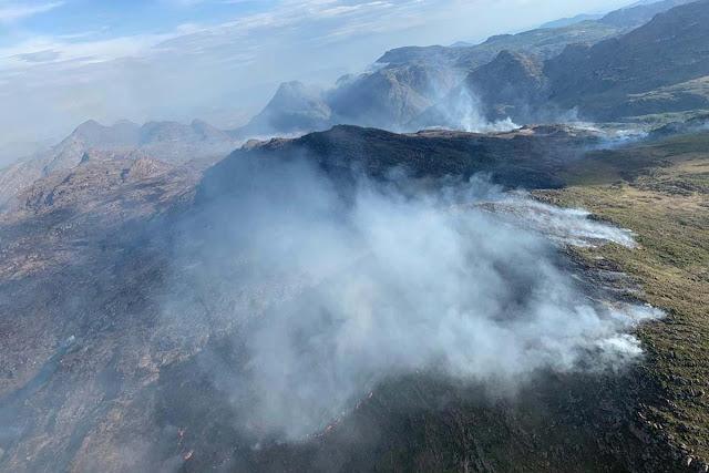 Incêndio atinge área de vegetação em Rio de Contas, na Chapada Diamantina
