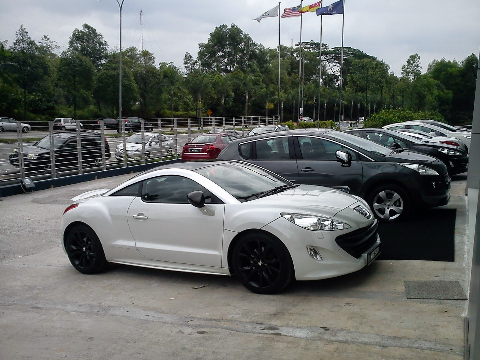 motoring-malaysia: peugeot rcz will have no successor. a pity.