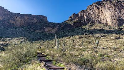 Hiking to the top of Picacho Peak,AZ