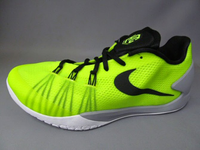 f364a72318 Nike Hyperchase colorways