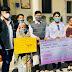 """नेपाल की जेल में बन्द युवक की रिहाई के लिए """"गरीब सहायक एनजीओ""""  ने बूढ़ी माँ को दी१००००१/- की सहायता राशि"""