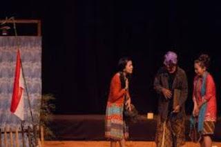 Contoh Naskah Drama Singkat dan Karakterisasi Penokohan dalam Drama