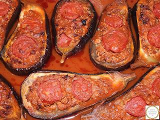 Vinete umplute cu carne tocata si sos de rosii reteta,