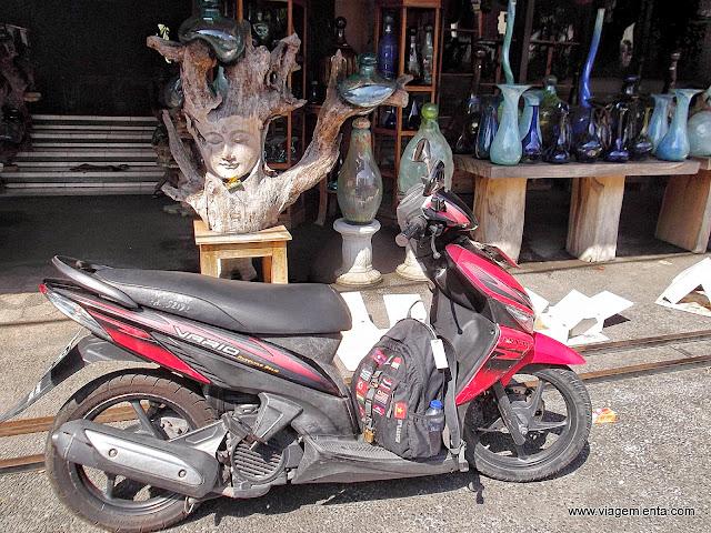 Minha motoca indonésia em Ubud, norte de Bali