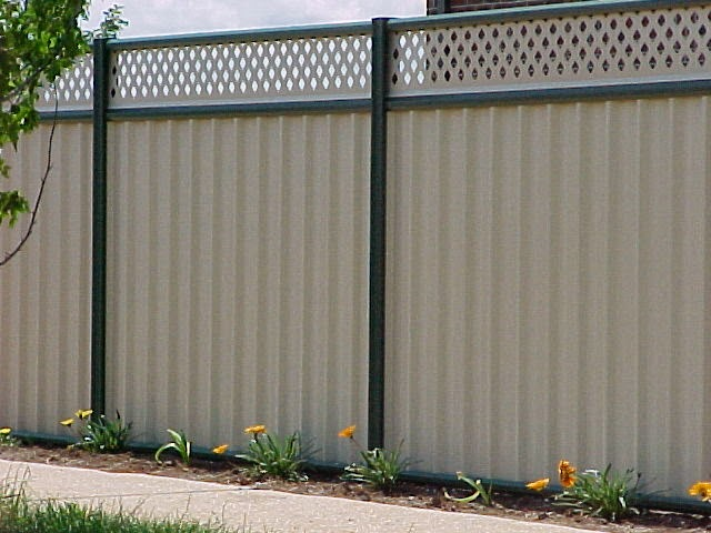 Fencing Perth, Perth Trade Centre: Colorbond Fencing: What